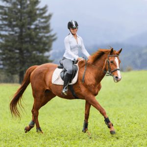 Best Comfortable Summer Horseback Riding Wear
