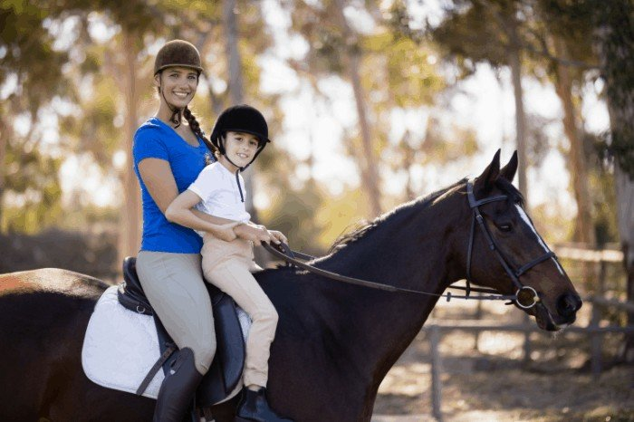 What to Wear Horseback Riding Summer Vacations