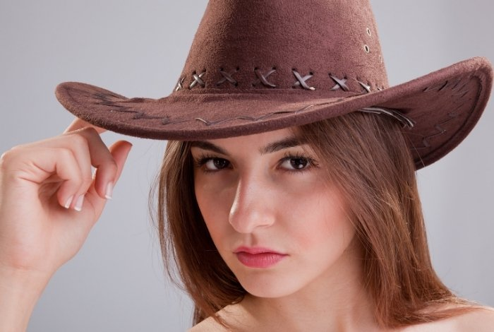 What to look for in a cowboy hat for women - fit