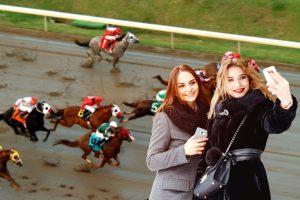 What To Wear To A Horse Race When It's Cold