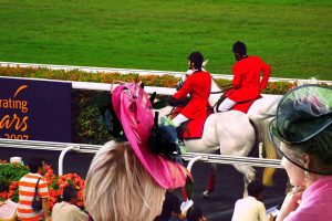 What to Wear to a Horse Race Track
