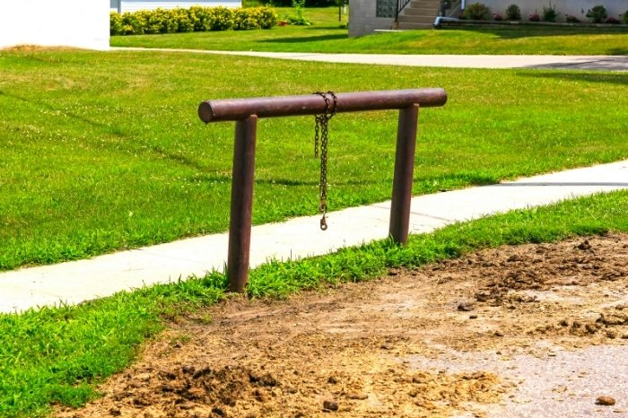 What Is A Hitching Post Or Hitching Rail